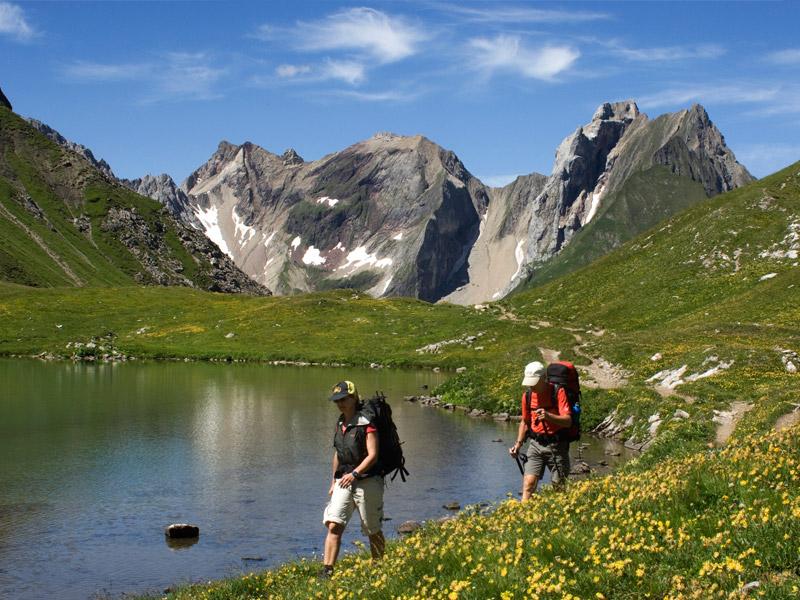 [Translate to Niederländisch:] Wandern im Sommer im Lechtal
